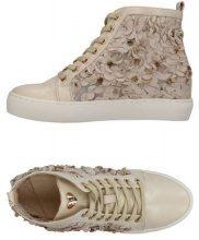 SARA LÓPEZ  - CALZATURE - Sneakers & Tennis shoes alte - su YOOX.com