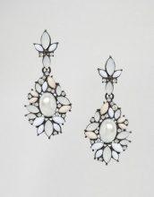 Oasis - Orecchini pendenti decorati con fiori