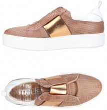 MJUS  - CALZATURE - Sneakers & Tennis shoes basse - su YOOX.com