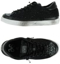 2STAR  - CALZATURE - Sneakers & Tennis shoes basse - su YOOX.com