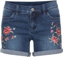 Shorts di jeans con ricamo (Blu) - BODYFLIRT