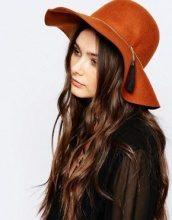 Pimkie - Cappello floscio con nappe