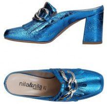NILA & NILA  - CALZATURE - Mules & Zoccoli - su YOOX.com