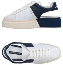 MANUEL BARCELÓ  - CALZATURE - Sneakers & Tennis shoes basse - su YOOX.com