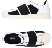 MOA MASTER OF ARTS  - CALZATURE - Sneakers & Tennis shoes basse - su YOOX.com