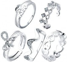 Set di 5 anelli con strass