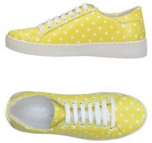 GENEVE  - CALZATURE - Sneakers & Tennis shoes basse - su YOOX.com