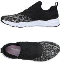 REEBOK  - CALZATURE - Sneakers & Tennis shoes basse - su YOOX.com