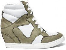 Sneakers con zeppa in similpelle