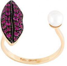 Delfina Delettrez - Anello ''Lips piercing' con rubini - women - 18kt Gold/Rubino/White Freshwater Pearl - One Size - Rosa & viola
