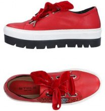 STELE  - CALZATURE - Sneakers & Tennis shoes basse - su YOOX.com