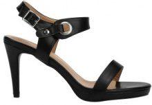 Sandali con tacchi e dettagli ad occhielli