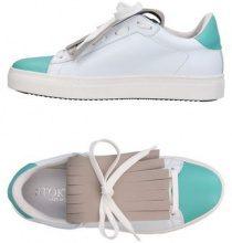 STOKTON  - CALZATURE - Sneakers & Tennis shoes basse - su YOOX.com
