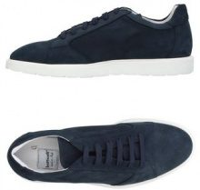 5d6ae265ab3a7 ROBERTO BOTTICELLI - CALZATURE - Sneakers   Tennis shoes basse - su YOOX.com