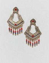 ASOS DESIGN - Orecchini pendenti con piastra incisa e perline - Oro