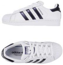 ADIDAS ORIGINALS SUPERSTAR W - CALZATURE - Sneakers & Tennis shoes basse - su YOOX.com