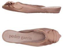 PEDRO GARCÍA  - CALZATURE - Mules & Zoccoli - su YOOX.com