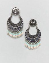 ASOS DESIGN - Orecchini pendenti con piastra incisa e perline - Argento