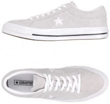 CONVERSE ALL STAR ONE STAR OX OG SUEDE - CALZATURE - Sneakers & Tennis shoes basse - su YOOX.com