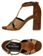 STRATEGIA  - CALZATURE - Sandali - su YOOX.com
