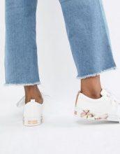 Ted Baker - Kelleip - Sneakers in pelle con decorazioni a fiori - Bianco