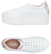 CLAUDIA BY ISABERI  - CALZATURE - Sneakers & Tennis shoes basse - su YOOX.com