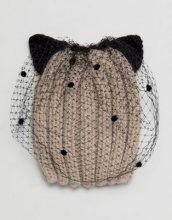 Cappello con orecchi di gatto e veletta