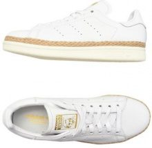 ADIDAS ORIGINALS  - CALZATURE - Sneakers & Tennis shoes basse - su YOOX.com