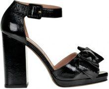 Sandali in vernice di pelle