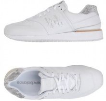 NEW BALANCE  - CALZATURE - Sneakers & Tennis shoes basse - su YOOX.com