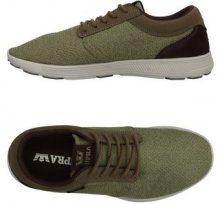 SUPRA  - CALZATURE - Sneakers & Tennis shoes basse - su YOOX.com