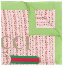 Gucci - Foulard con stampa a rose - women - Silk - One Size - PINK & PURPLE