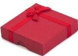 TreasureBay - Braccialetto elegante in corallo rosso e perle d'acqua dolce bianche, 17,5 cm, consegnato in graziosa scatola regalo da gioielleria