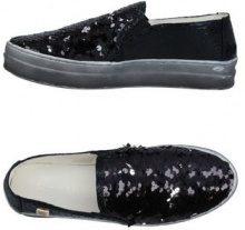 LAURA BIAGIOTTI  - CALZATURE - Sneakers & Tennis shoes basse - su YOOX.com