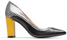 Notting Heels #3