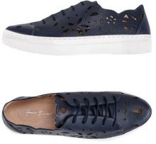 GEORGE J. LOVE  - CALZATURE - Sneakers & Tennis shoes basse - su YOOX.com