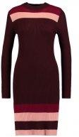 FIMAGNUM - Vestito di maglia - rum raisin