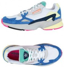 ADIDAS ORIGINALS FALCON - CALZATURE - Sneakers & Tennis shoes basse - su YOOX.com