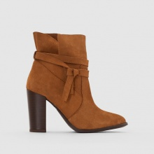 Boots pelle dettaglio cinturino