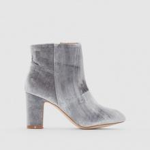 Boots velluto con tacco