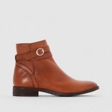 Boots in pelle con cinturino e fibbia