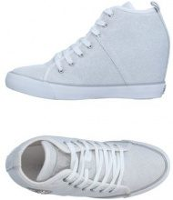 GUESS  - CALZATURE - Sneakers & Tennis shoes alte - su YOOX.com