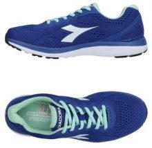 DIADORA  - CALZATURE - Sneakers & Tennis shoes basse - su YOOX.com