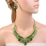 EVER FAITH®strass di cristallo della vite del foglio a forma di V collana orecchini set Green Gold-Tone delle donne