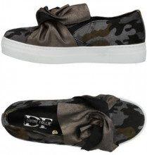 DIVINE FOLLIE  - CALZATURE - Sneakers & Tennis shoes basse - su YOOX.com